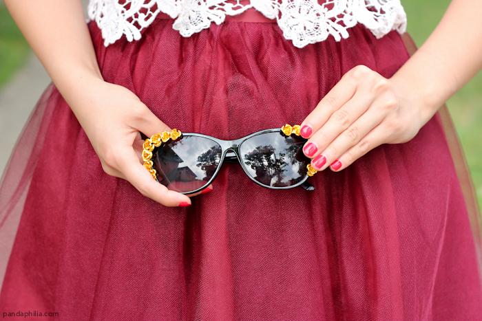 red nails, red tulle