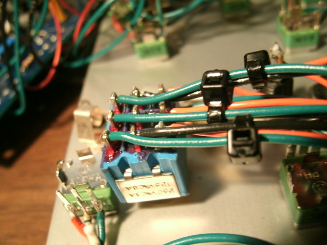 258J Buchla clone Waveform switch wiring