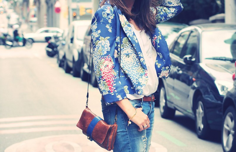 Look flowered blazer - Monicositas