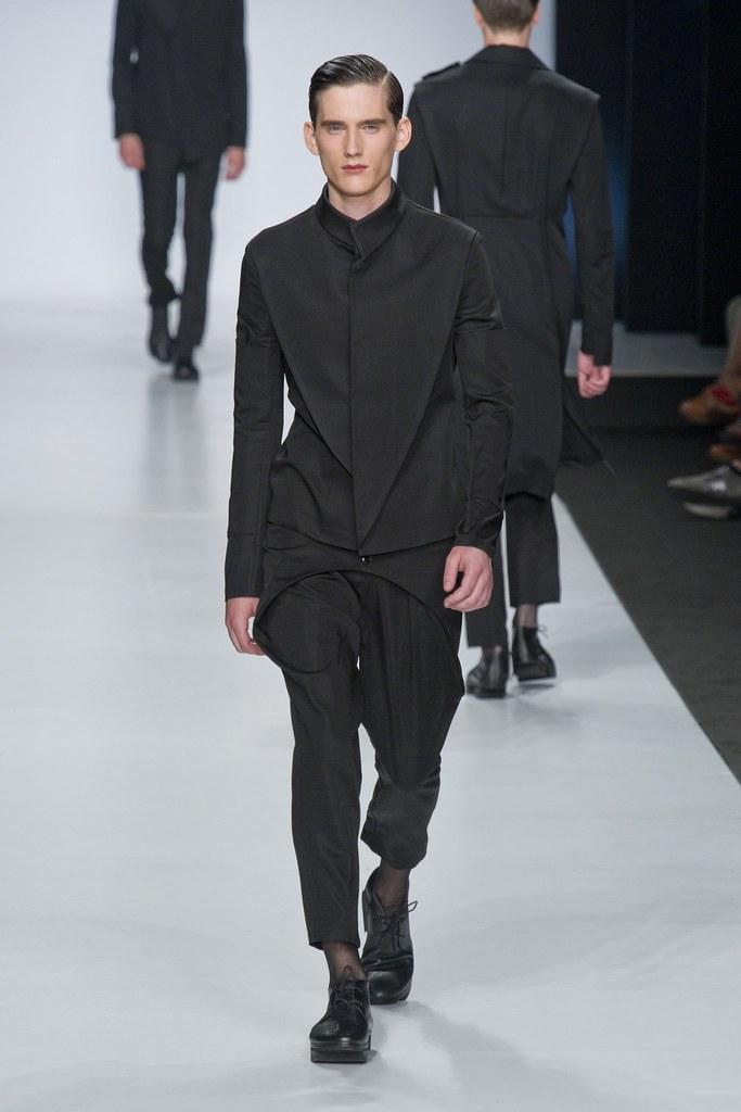 SS14 Milan Ji Wenbo012_Sebastian Brice(fashionising.com)