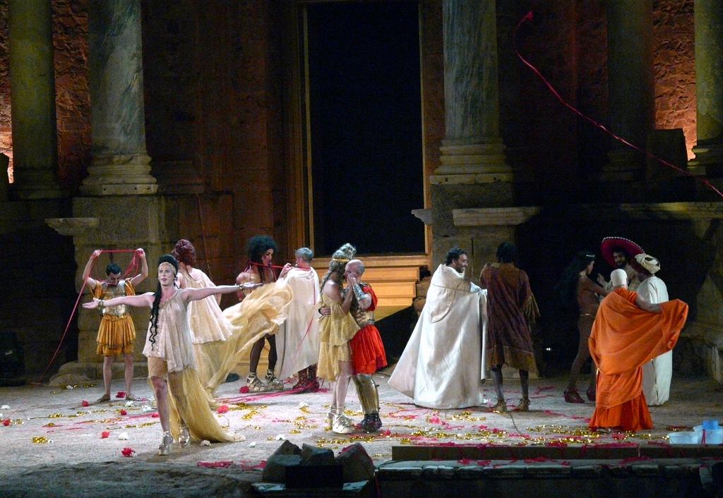 Escena de Lisístrata en el Teatro romano de Mérida. Autor, Becante
