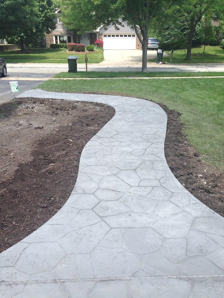 Concrete And Nail Polish Layering With Zoya Belinda Maisie: B.G.R. Construction