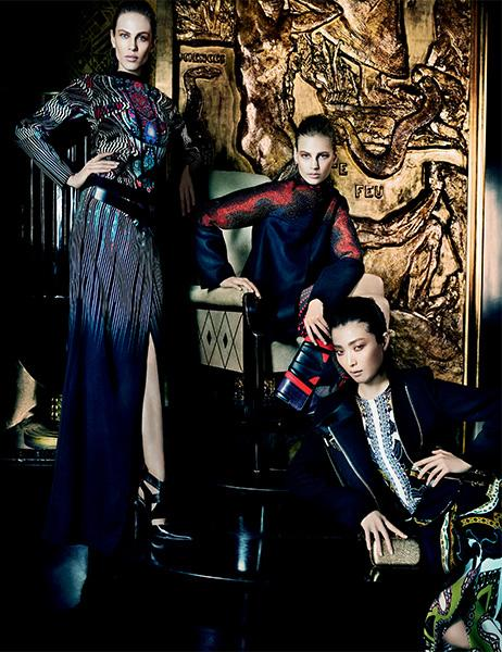 aymeline-valade-elisabeth-erm-sung-hee-kim-ton-heukels-andres-risso-nan-fulong-for-etro-fall-winter-2013-2014-by-mario-testino-7