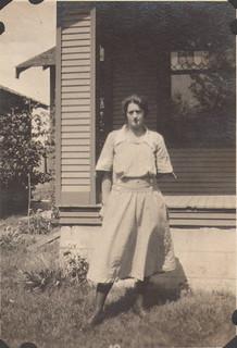 32b Aunt Elma