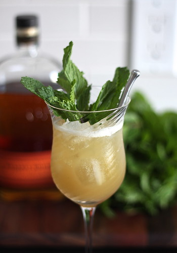 ginger mint smash (cocktail) | a sage amalgam