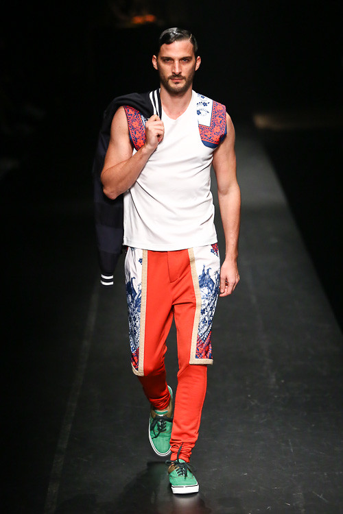 SS14 Tokyo yoshio kubo011_Julien Nettersheim(Fashion Press)