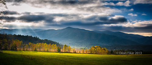 park blue autumn light sky panorama sun sunlight mountain color colour tree green nature beauty field grass yellow forest season landscape outdoors countryside nationalpark colorful day seasons natural outdoor cove tennessee country scenic meadow scene fresh southern national valley land rays states smoky idyllic smokies appalachia cades greatsmokymountainsnationalpark