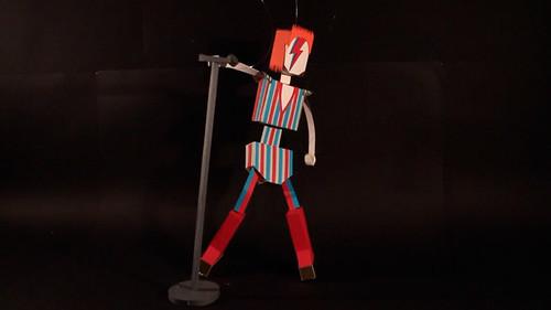 david-bowie-paper-model