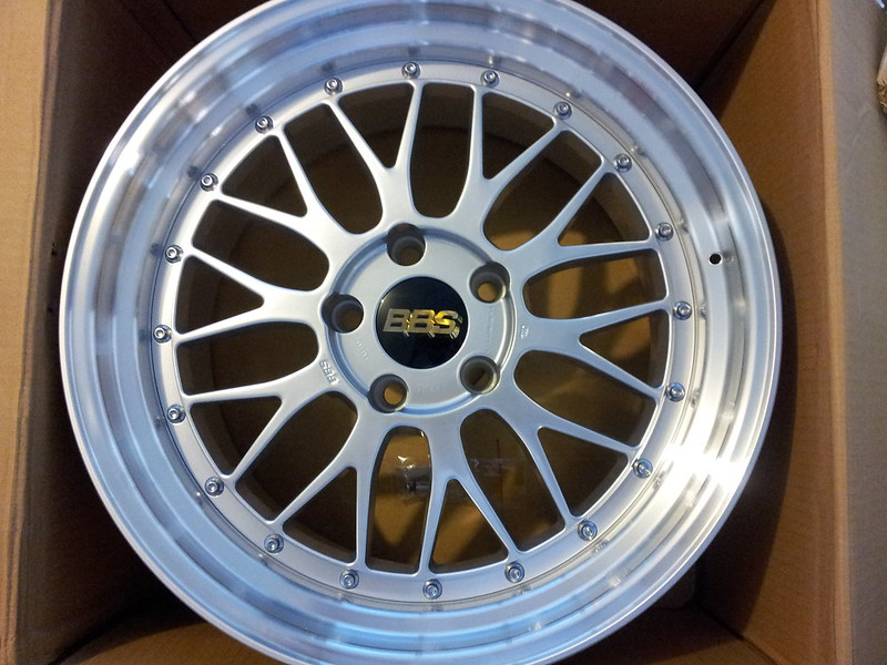 Feeler A Brand New Authentic Set Of Bbs Lm 098 And 126 5x120
