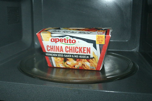 05 - apetito China Chicken - In Mikrowelle erhitzen / Heat up in microwave