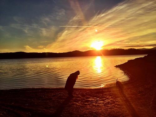 morning dog lake sunrise girlfriend uploaded:by=flickrmobile flickriosapp:filter=nofilter