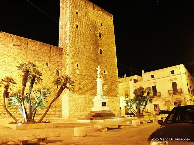 castello sera monumento c