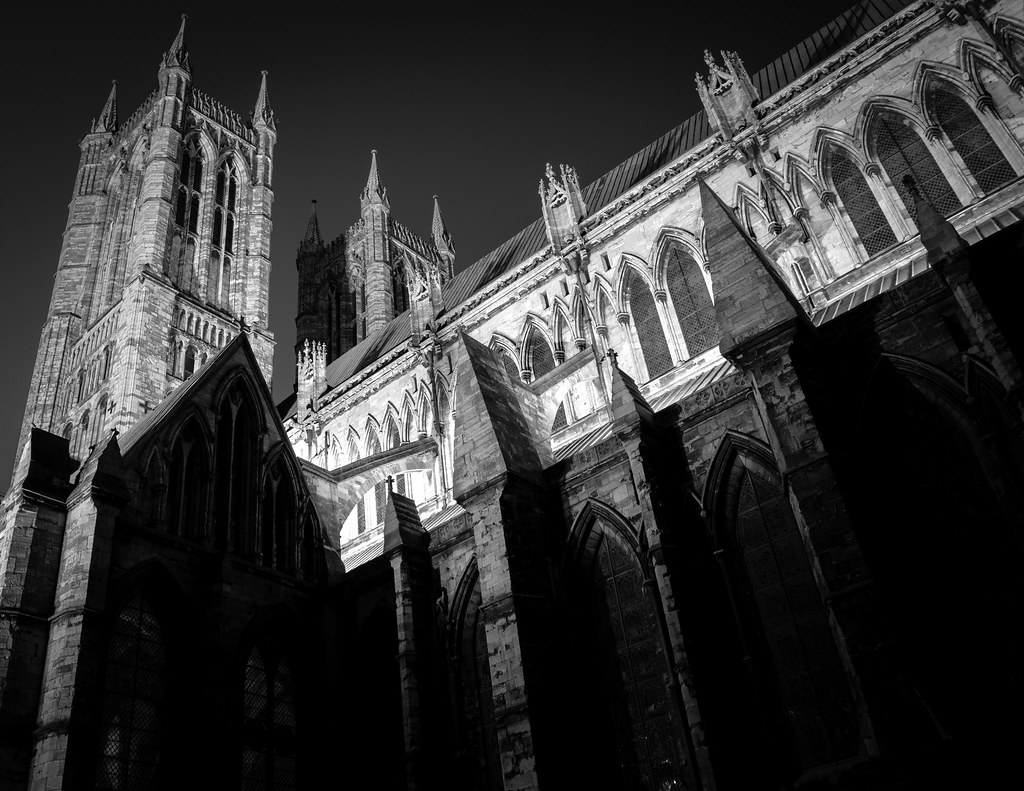 cathedral, lincoln cathedral, lincolnshire, lincoln, monochrome, black and white