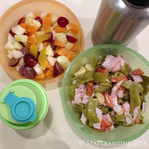 Stattkantine 10.03.14 - Bohnen-Schinken-Salat, Obstsalat