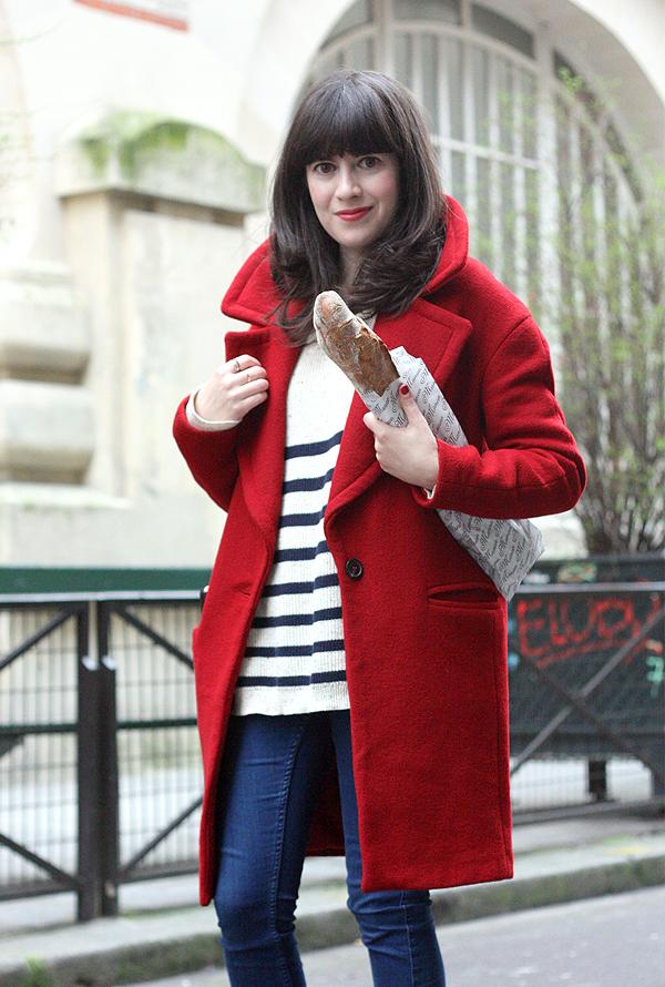 מעיל אדום, אפונה בלוג אופנה, בלוג אופנה בפריז, חולצת פסים