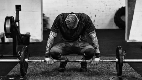przetrenowanie   trening   zmęczenie   chroniczny stres   brak efektów   sposoby