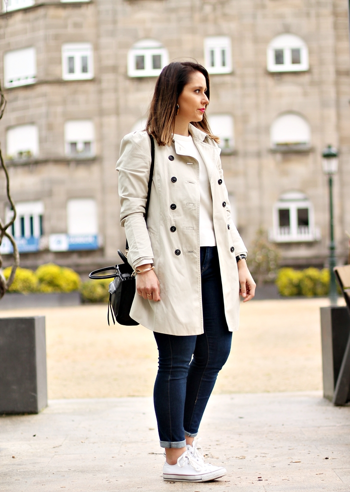 Trench_Zara_Converse_sneakers_street_style