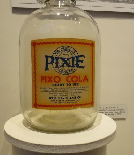 Pixo Cola