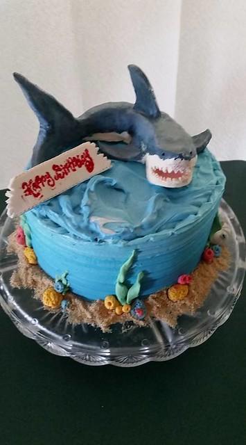 Hand Skulpted Shark Cake by Katja Voisin of Sweet Art