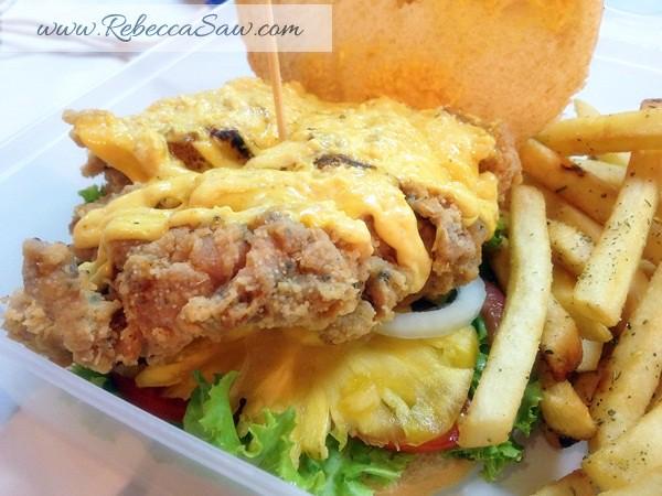 Big Hug Burger at SS15 Subang Square-003