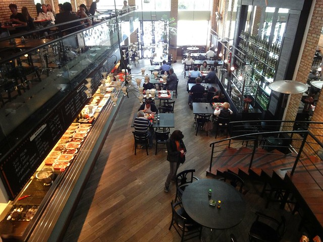 Restaurante por quilo em Curitiba - Yu