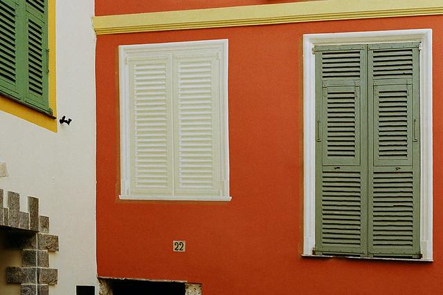 roquebrune walls