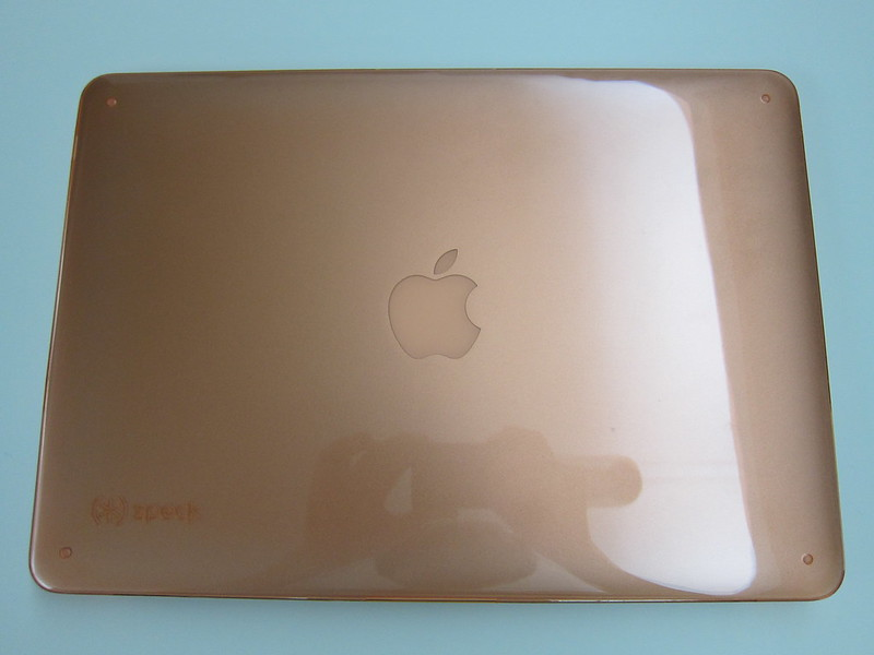 Speck SeeThru for MacBook Air 13 Inch - With MacBook Air (Top View)