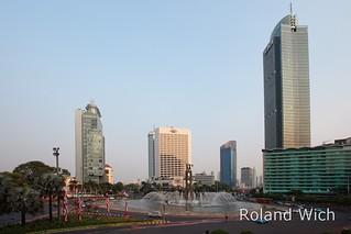 Jakarta - Hotel Indonesia Roundabout