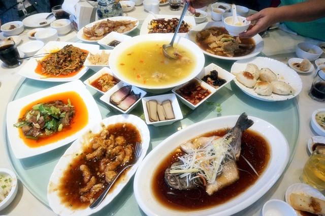 Wei Tian Restaurant at Kuan Zhai Xiang Zi-016
