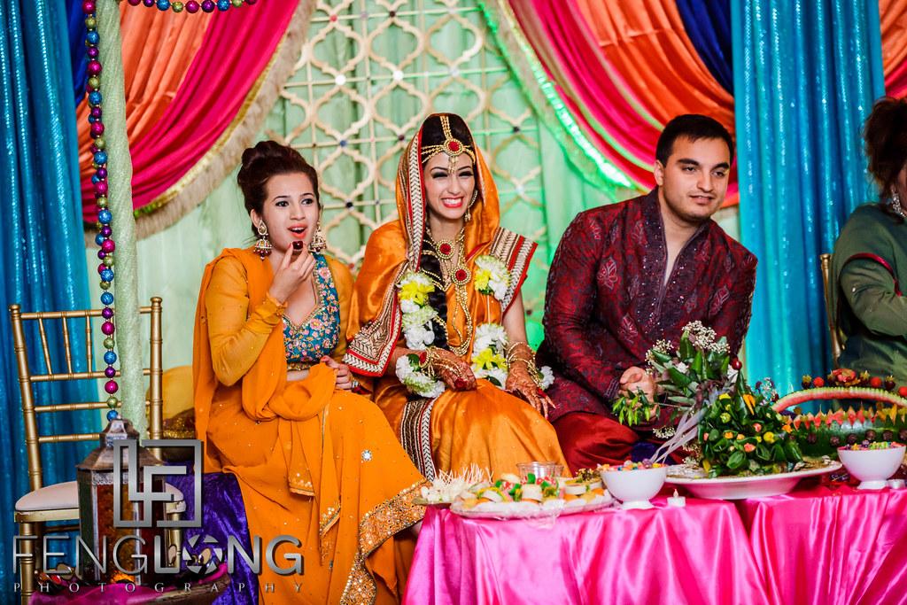 Mehndi Wedding Dance : Sanam ch best move dance at sidra batool wedding mehndi function