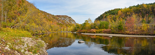 autumn reflection connecticut route8 stateforest naugatuckriver rockoutcropping