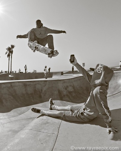 Venice Skatepark Picture by Ray Rae