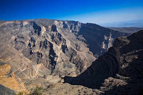 road travel mountain landscape photography altitude cliffs oman jebelakhdar gulfofoman jebelshams thegreenmountain nisamaier ullimaier