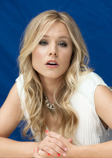 KRISTEN BELL at The House of Lies Press Conference