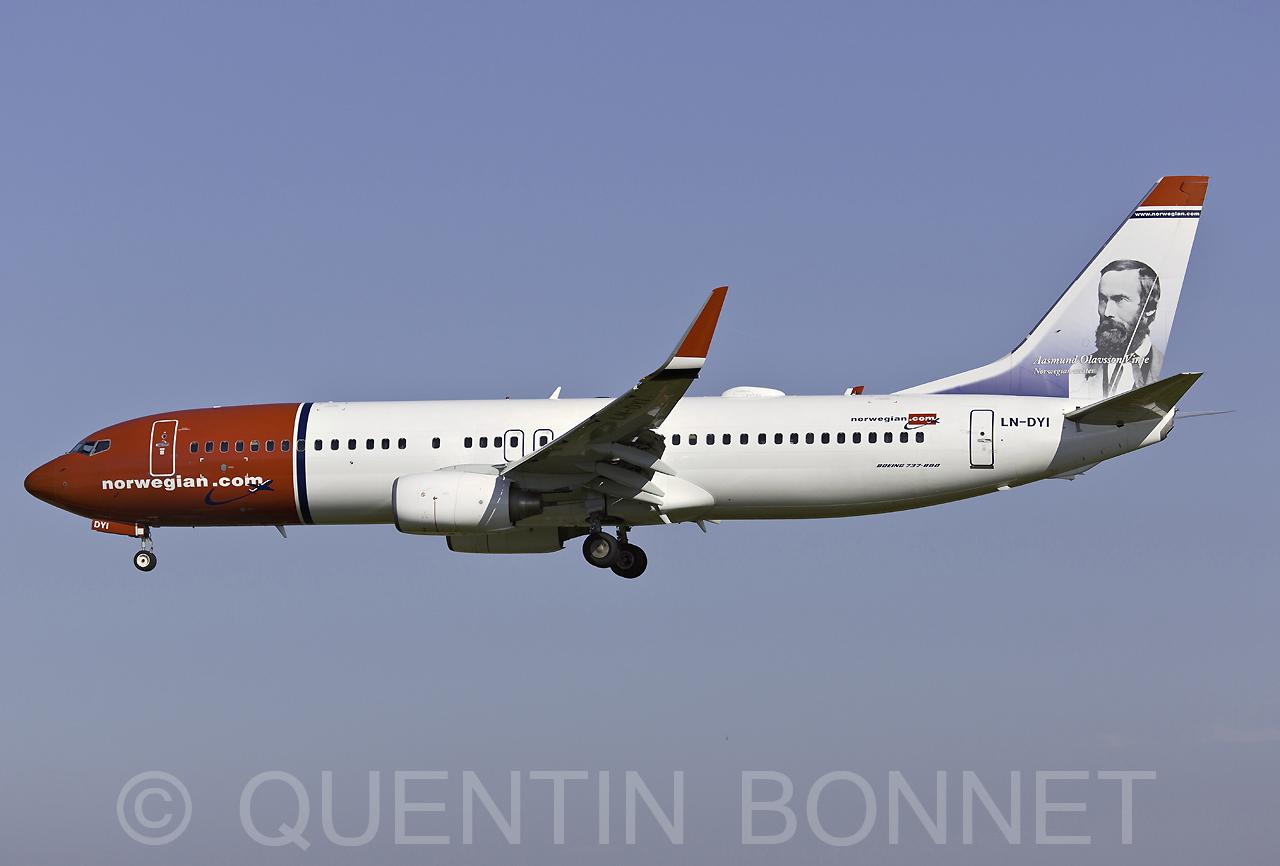 Norwegian Air Shuttle Boeing 737-8JP(WL) LN-DYI