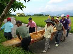 鴨母船下水囉!(圖片來源:荒野保護協會宜蘭分會)