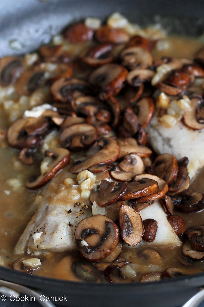 Buttery barramundi fish fillets are baked and smothered in a marsala wine mushroom sauce for a healthy, delicious baked fish recipe. 279 calories and 7 Weight Watchers PP