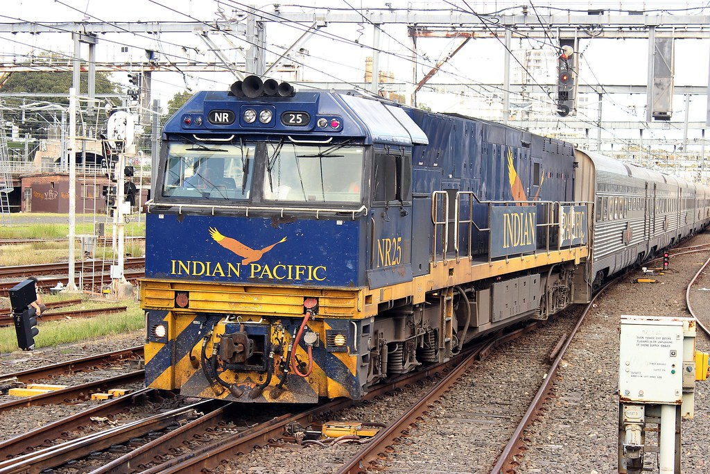 NR25 during shunting at Central by Anthony
