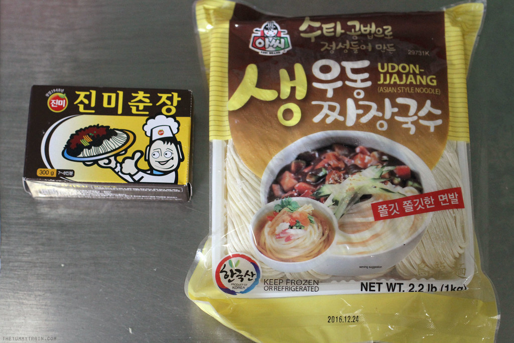 19779362311 a4acecbc53 b - Two ways to go crazy for Jjajangmyeon 짜장면