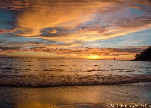 sunset malaysia borneo kotakinabalu southchinasea explorewinnersoftheworld seeninexplore2852013106