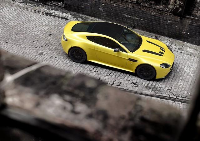 Aston Martin V12 Vantage S XV