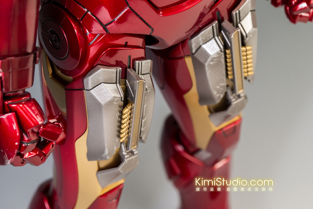2013.06.11 Hot Toys Iron Man Mark VII-063