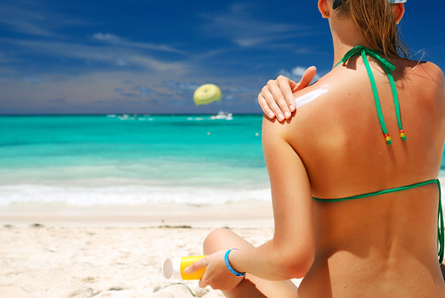 Joel Schlessinger MD shares an article debunking popular myths about sunscreen