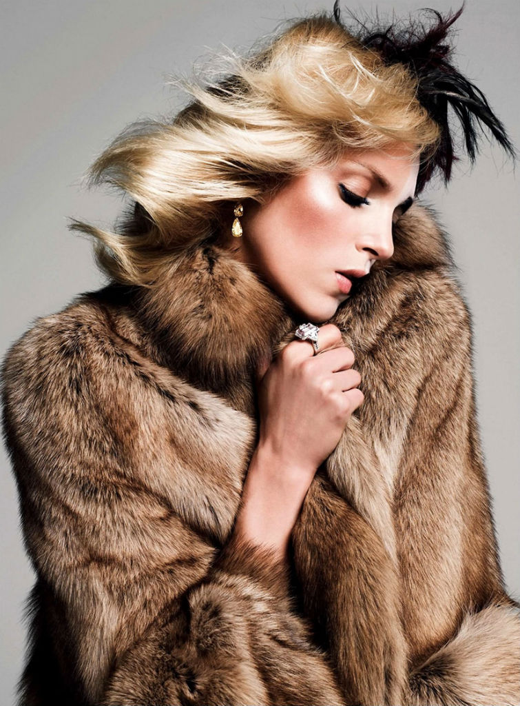 anja-rubik-by-inez-vinoodh-for-vogue-paris-august-2013-11