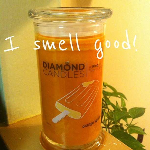 Just got my @diamondcandles and it smells YUM! Will share more on the blog soon!