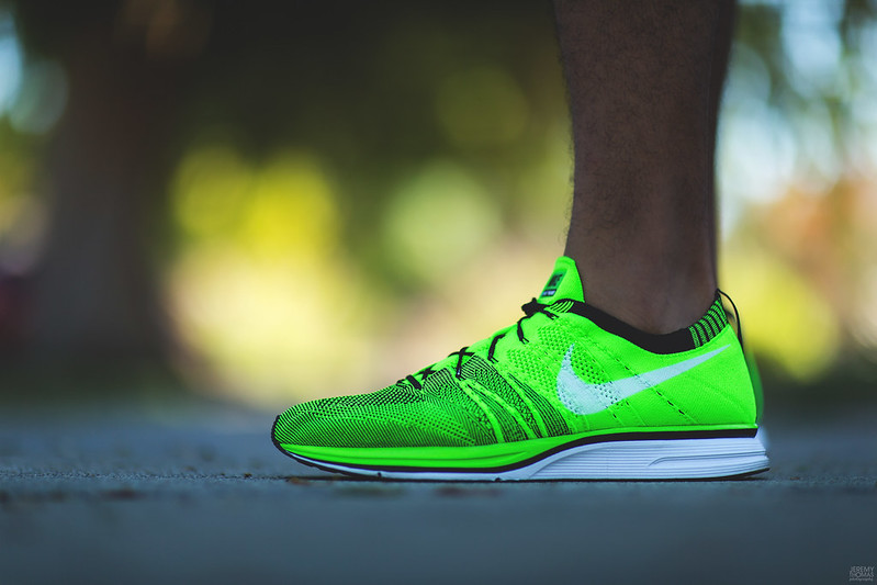 Nike Flyknit Trainer - Electric Green