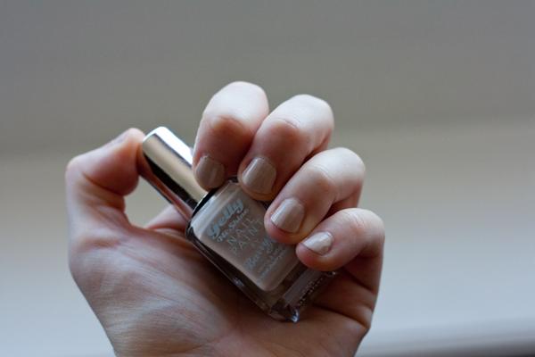 hi-shine-gelly-nails-lychee