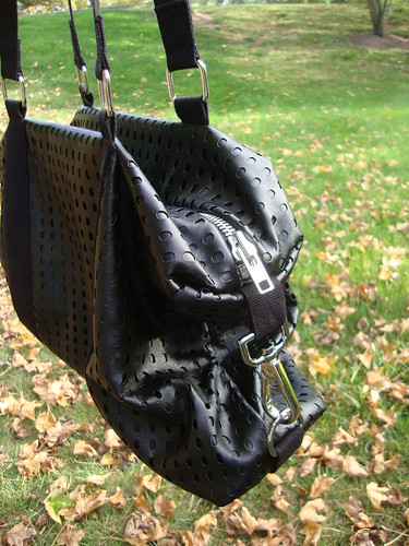 "U-Handbag ""It's a Cinch"" tote with plastic canvas in the bottom"