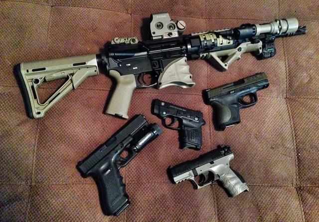 GUNS!!!
