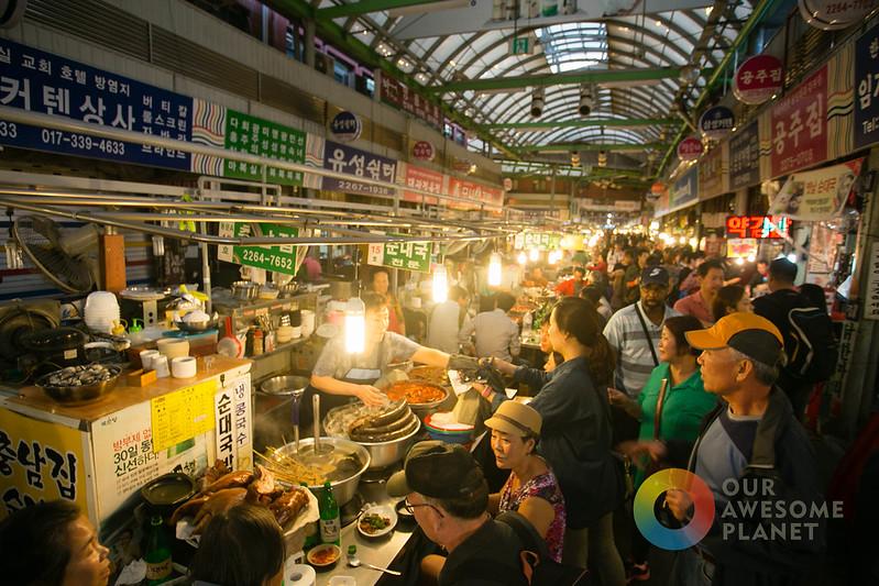 Kwang Jang Market - KTO - Our Awesome Planet-28.jpg